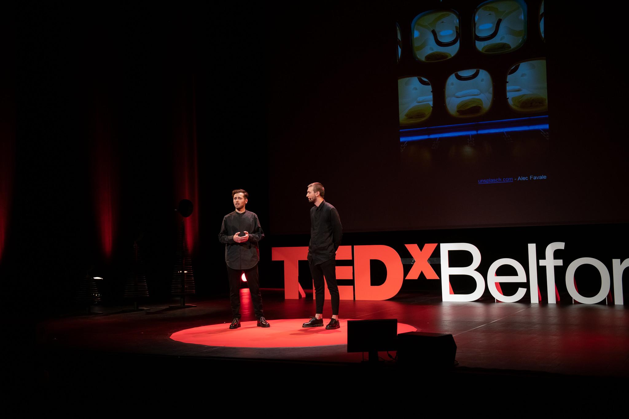 Tedx-belfort-sur-scene-speech-architecture
