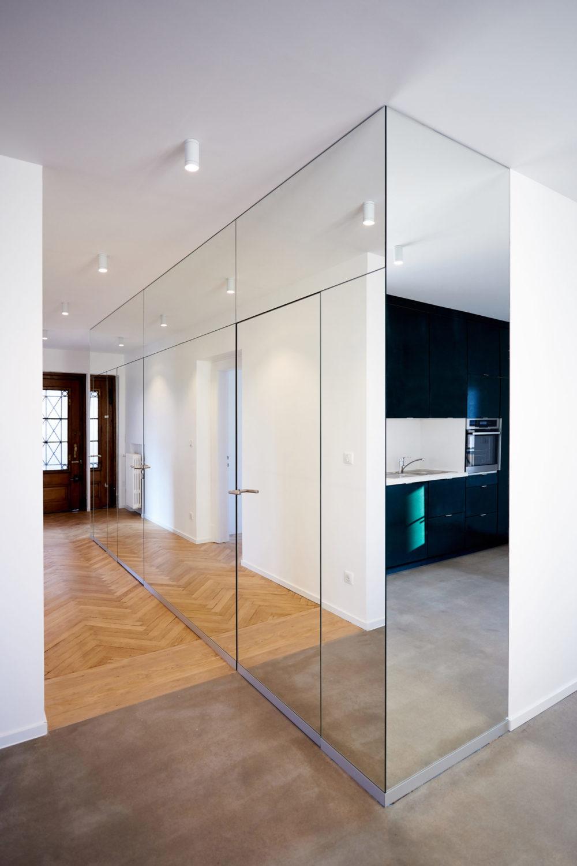 Photo-appartement-cronenbourg-couloir-galerie-miroir
